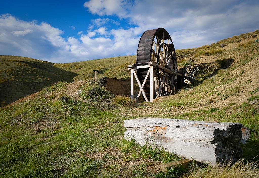 Young Australian waterwheel on the Carrick Range, Central Otago