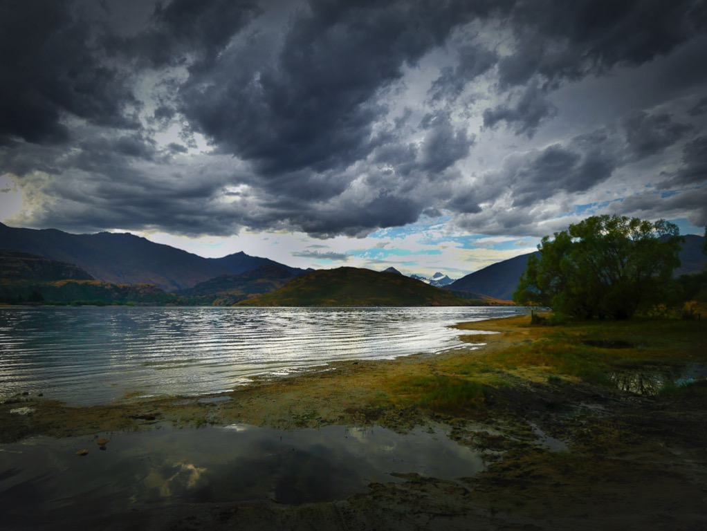 Glendhu Bay and Mt Aspiring