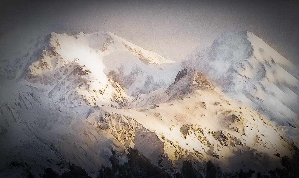 Spring snow and mountains in Fiordland National Park, New Zealand