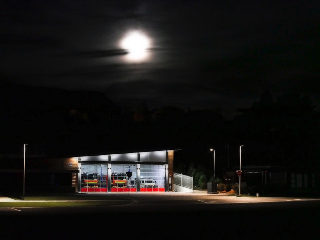 Wanaka by night - Fire Station and full moon