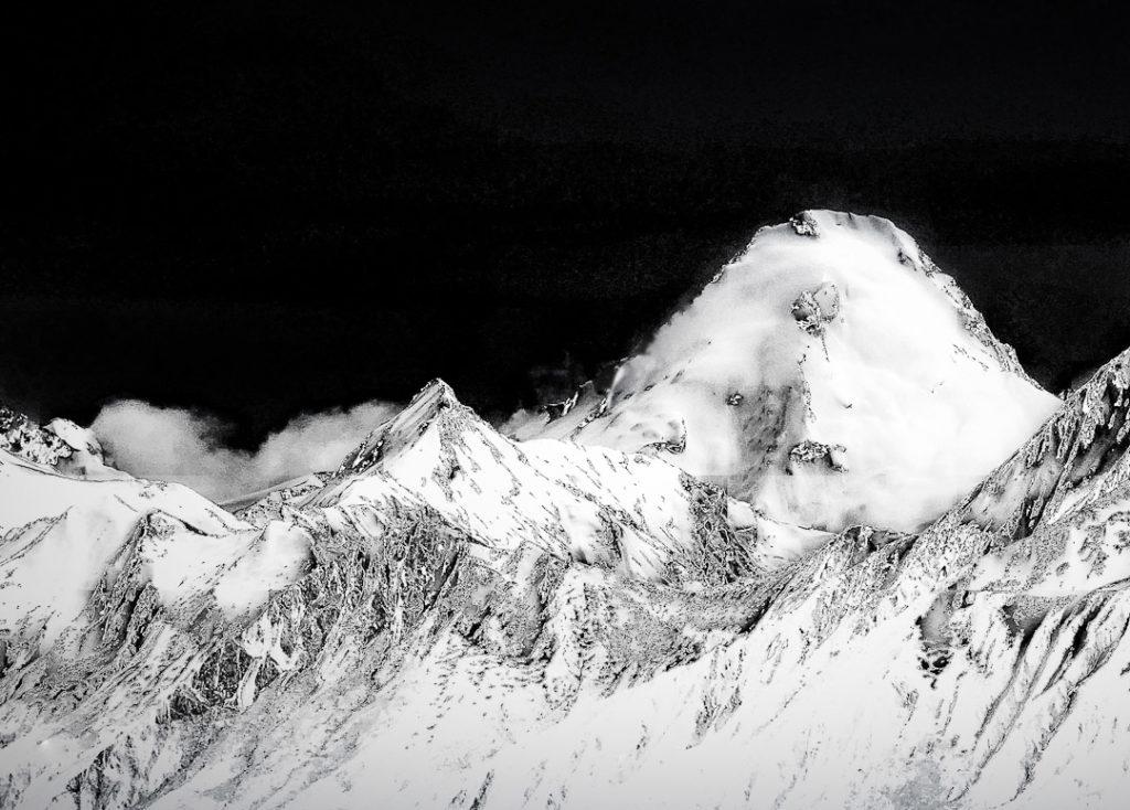 Mount Aeolus from Isthmus Peak track